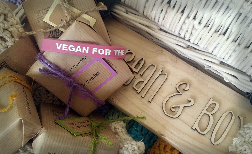 Vegan for the animals: wristband